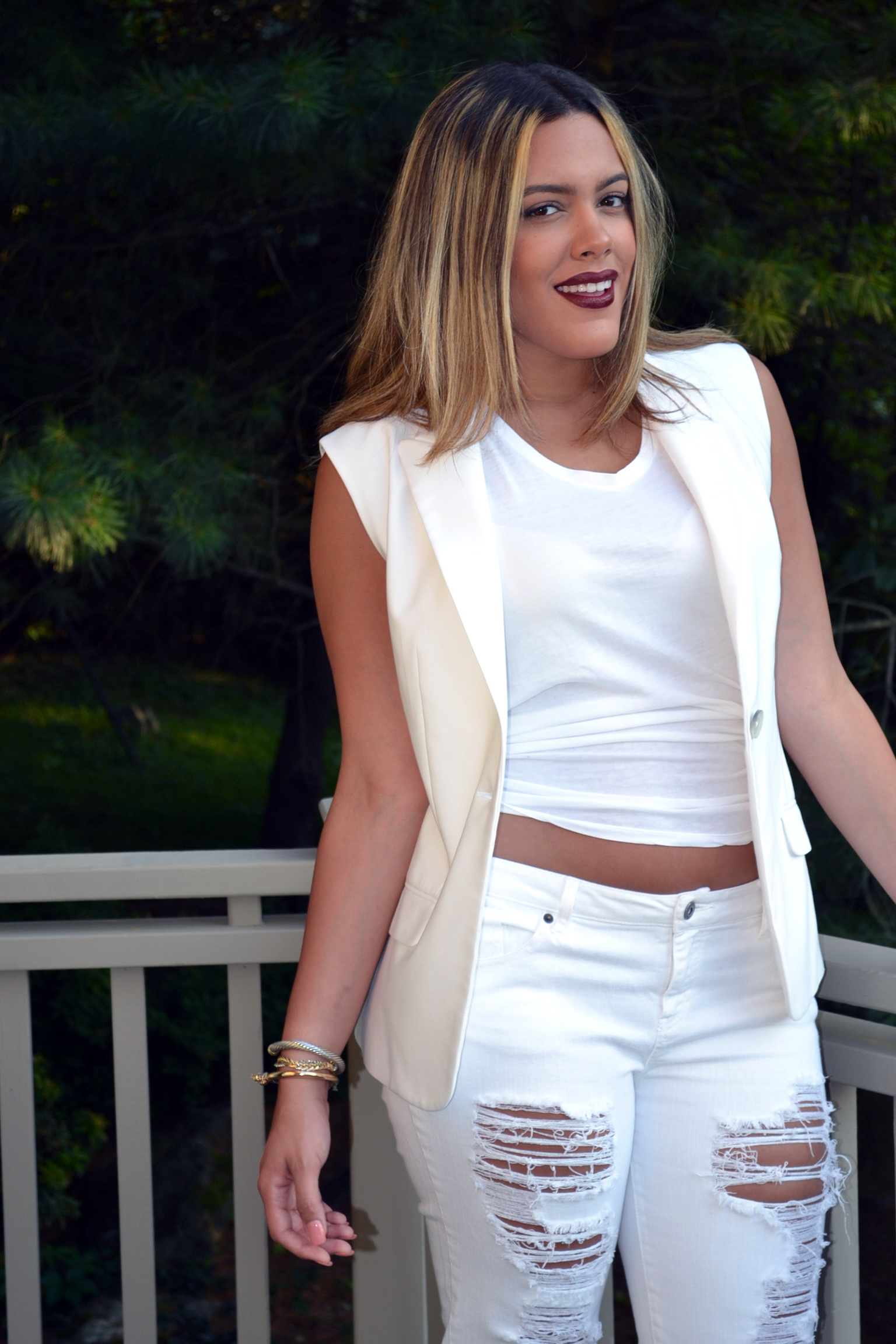 how-to-wear-all-white-khloe-kardashian-look-for-less.jpg