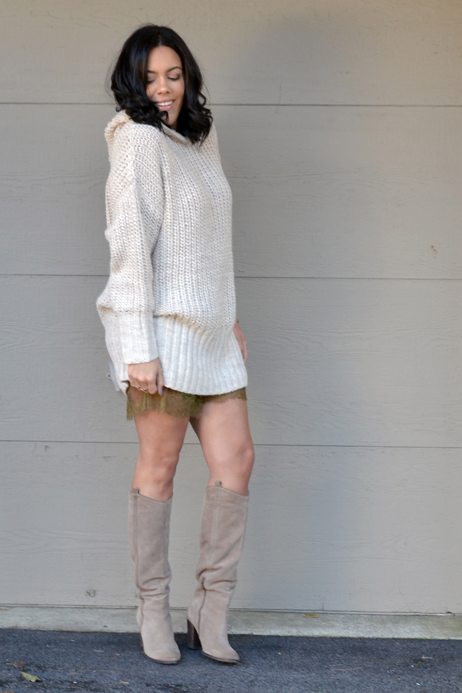 how-to-wear-h&m-knit-hooded-sweater-studio-lace-trim-shorts-dolce-vita-myste-boots.jpg