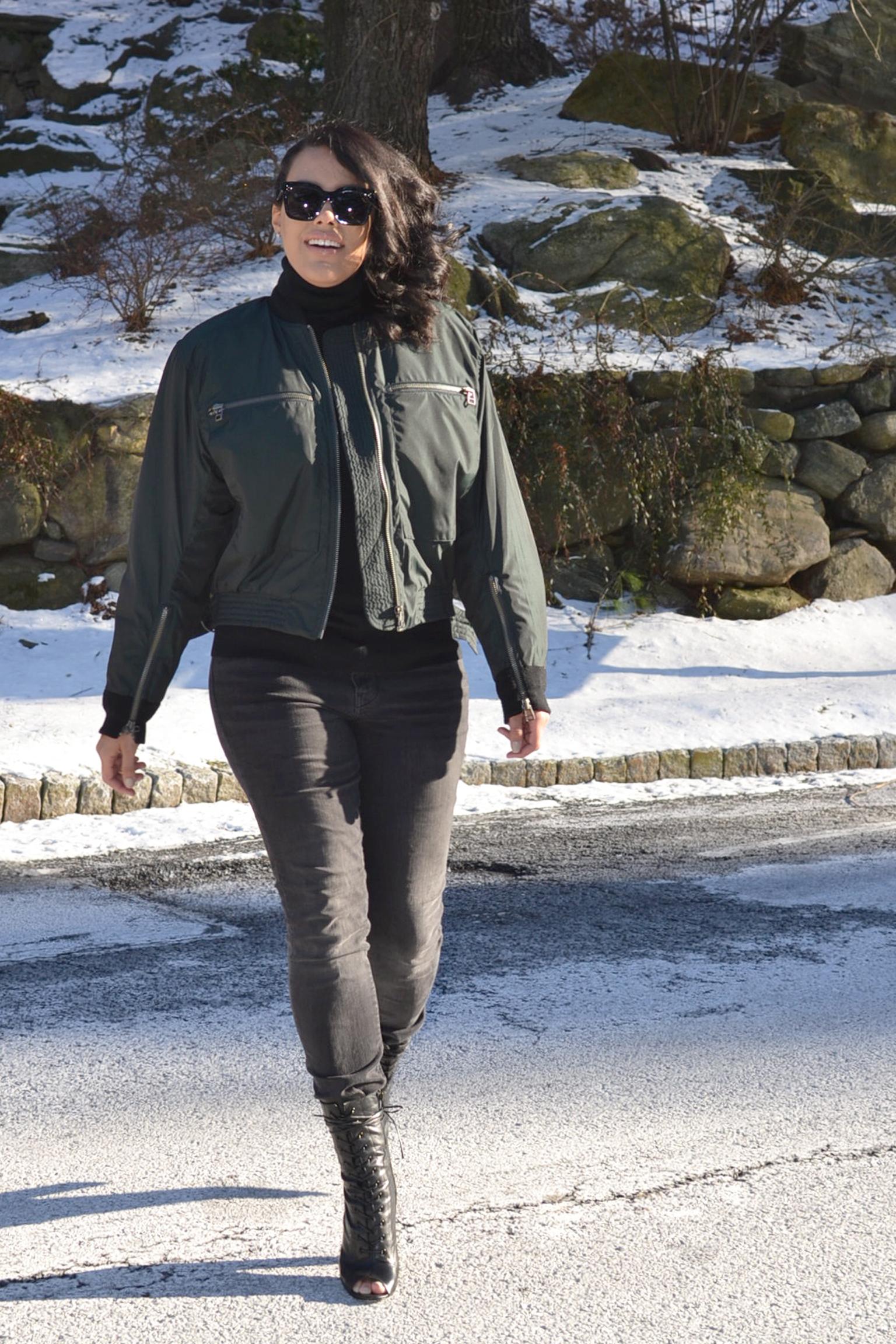 how-to-wear-hm-pilot-jacket-steve-madden-peace-love-shea-boots.jpg