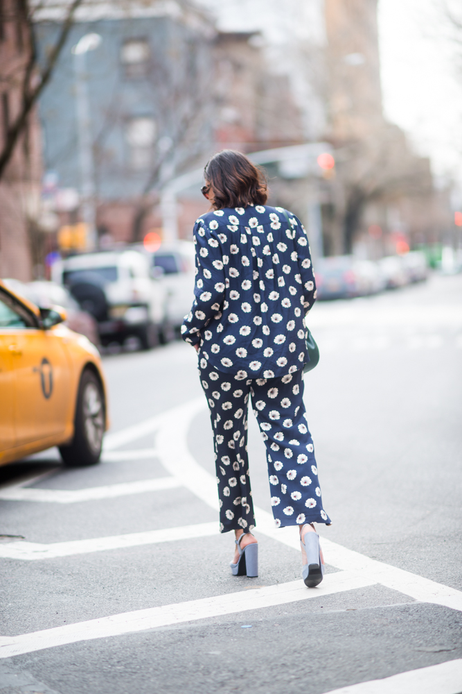 how-to-wear-the-pajama-trend-out-in-public.jpg
