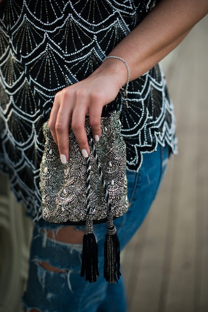 how-to-wear-evening-pieces-during-the-day-dress-down-sequins-thrifted-top-latina-blogger.jpg