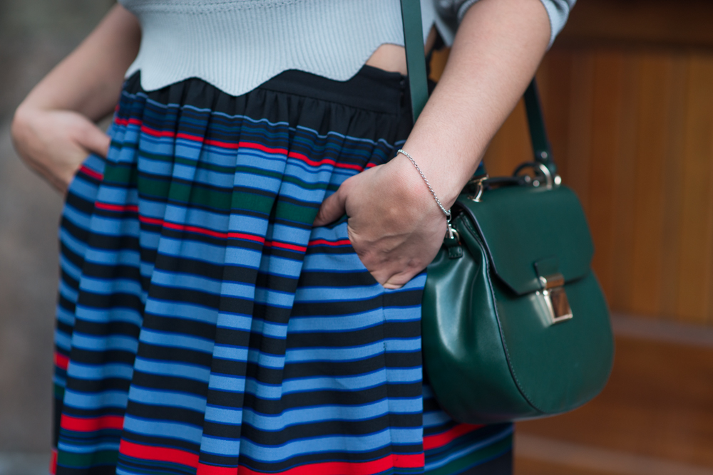 how-to-wear-cropped-sweater-and-striped-a-line-skirt-latina-new-york-city-fashion-blogger-style-operator-summer-fashion.jpg