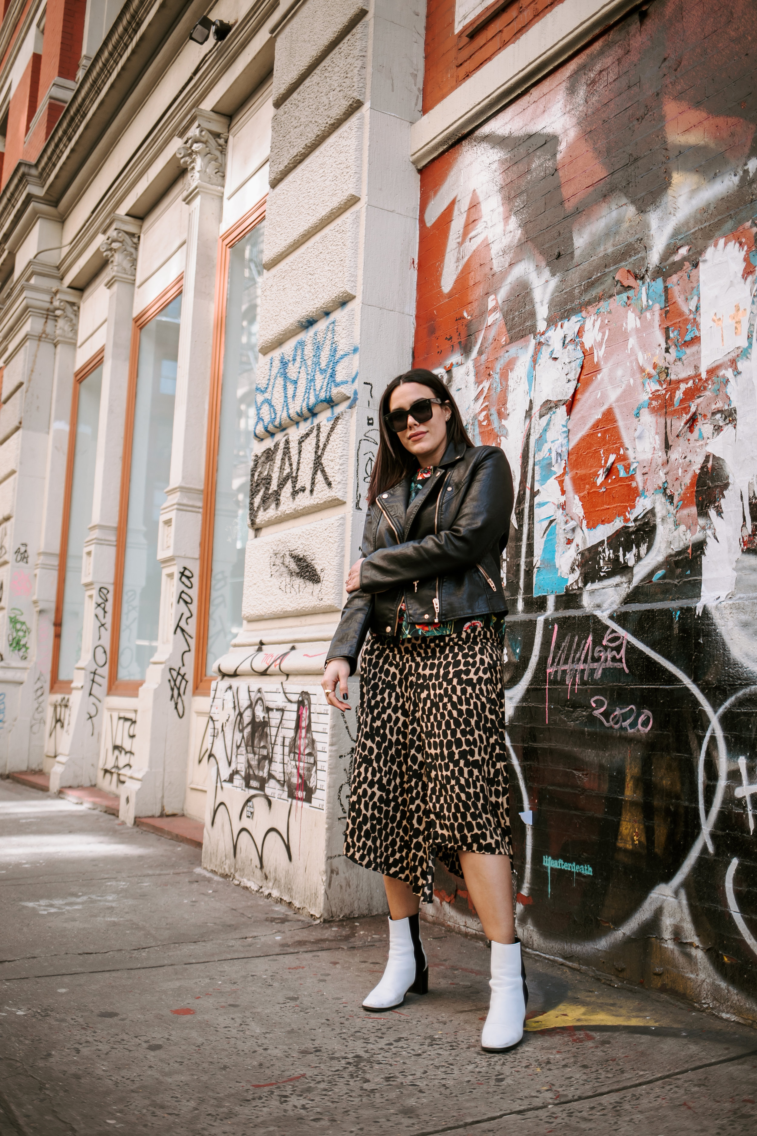 how-to-style-floral-top-with-leopard-skirt-how-to-mix-and-match-prints-latina-new-york-city-fashion-blogger-style-operator-spring-fashion.jpg