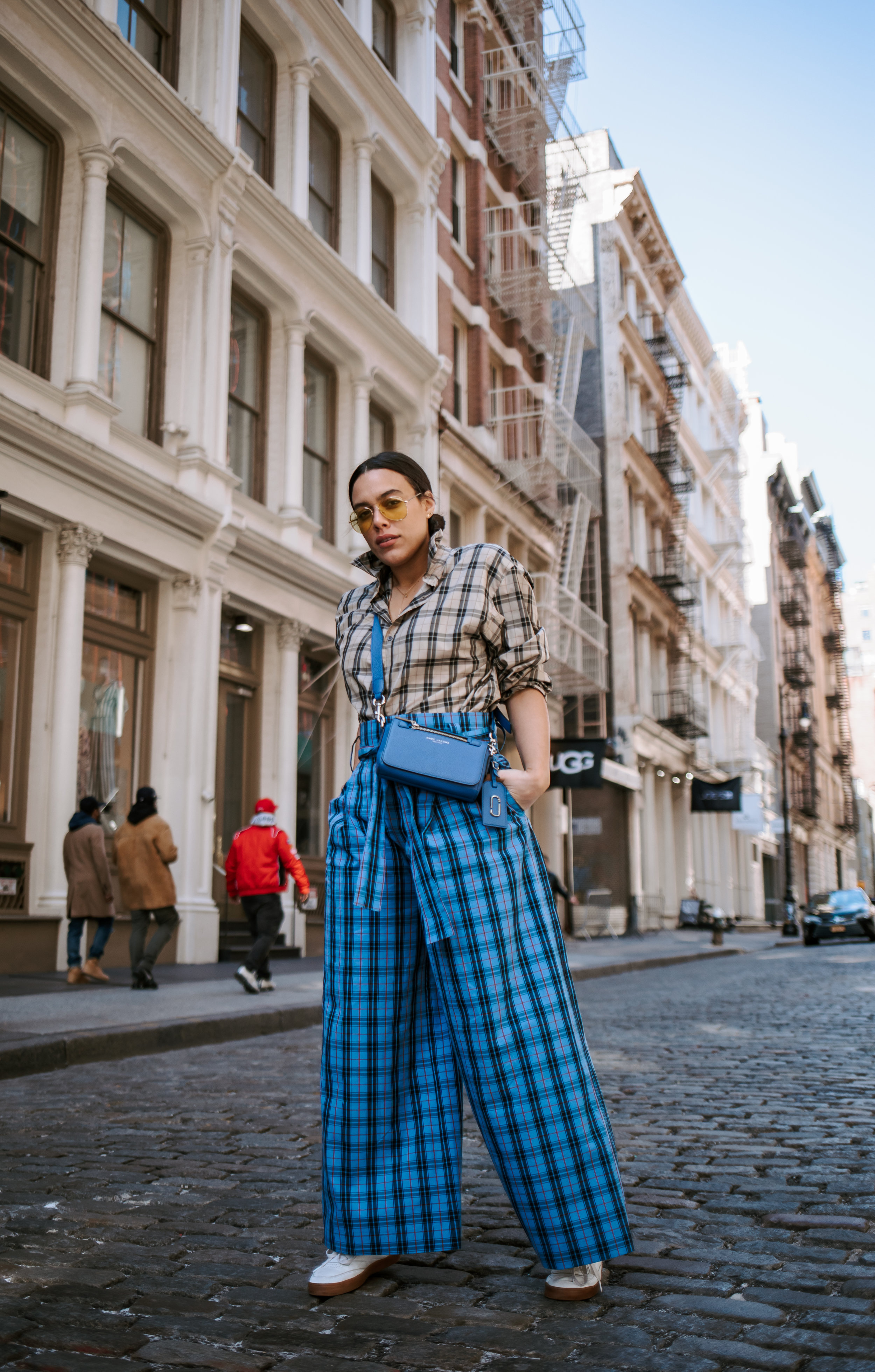 how-to-style-plaid-trousers-how-to-mix-and-match-prints-latina-new-york-city-fashion-blogger-style-operator-spring-fashion.jpg