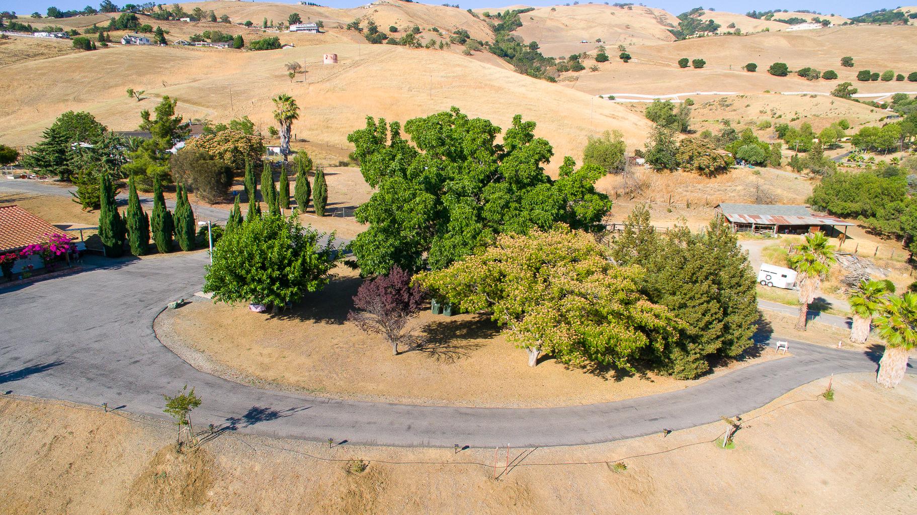 3745 Norwood Ave - Aerial_15.jpg