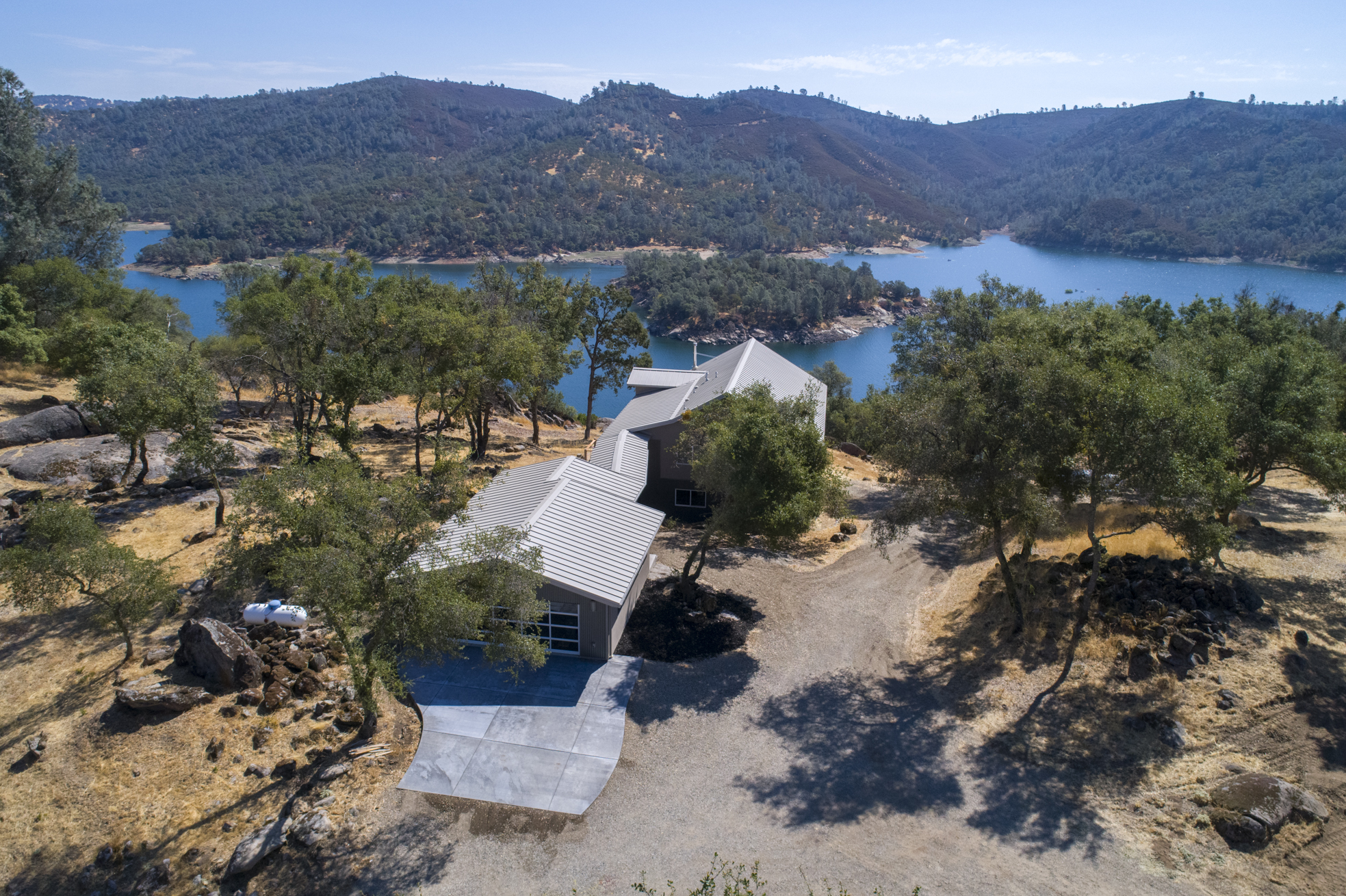 5355 Lake Forest Dr - aerial_1.jpg