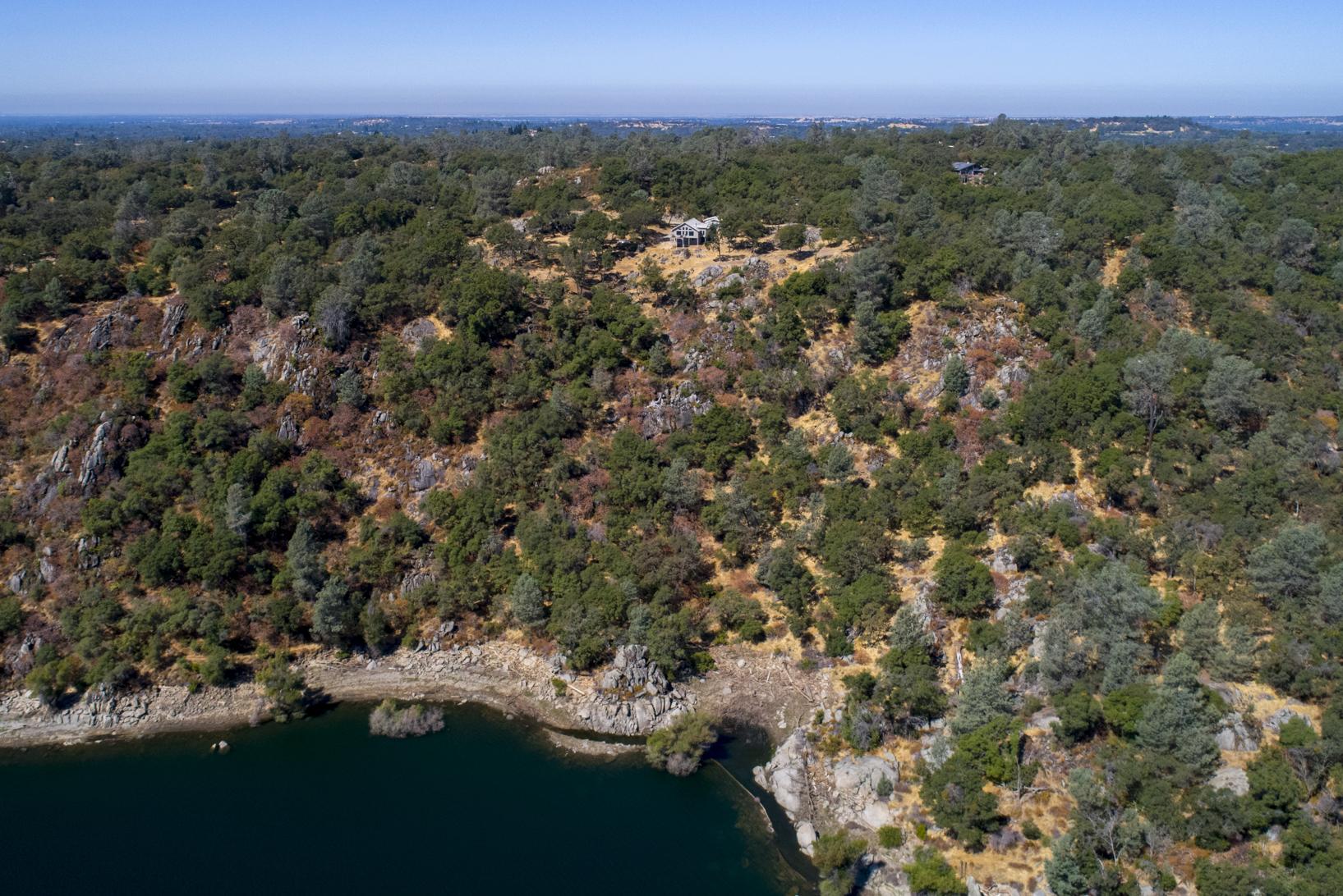 5355 Lake Forest Dr - aerial_12.jpg