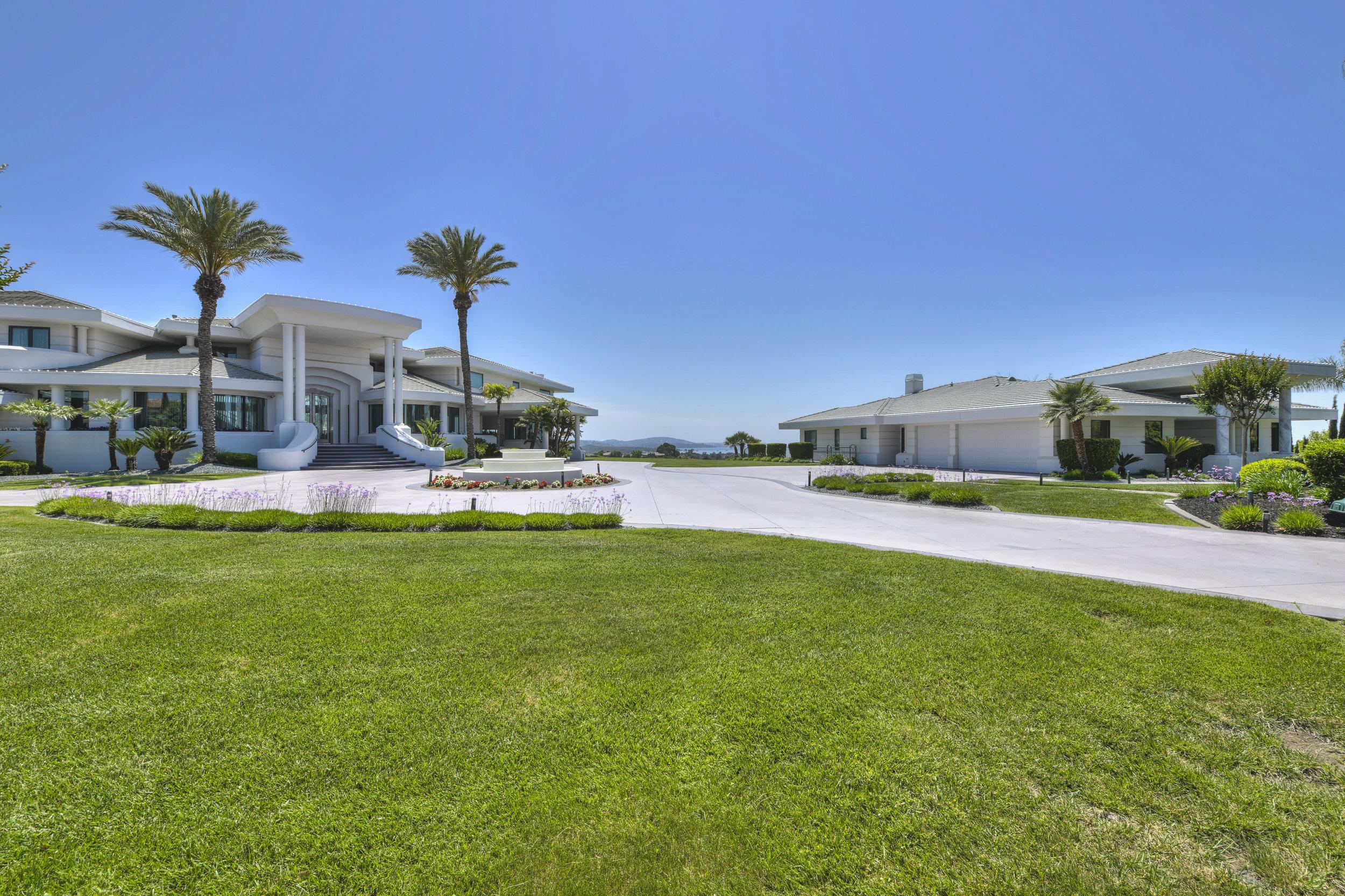 9125 Vista De Lago Court 3.jpg