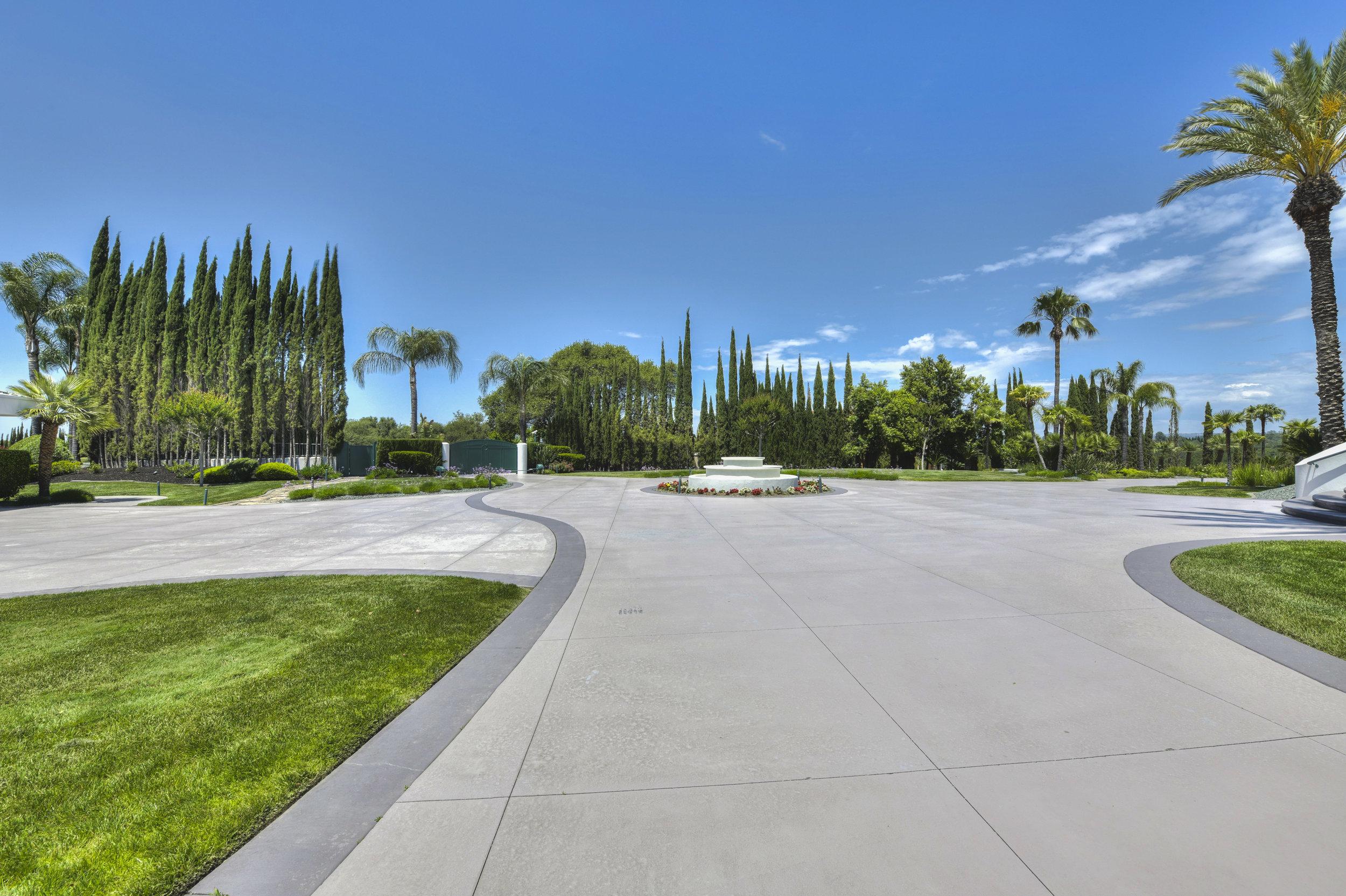 9125 Vista De Lago Court 20.jpg