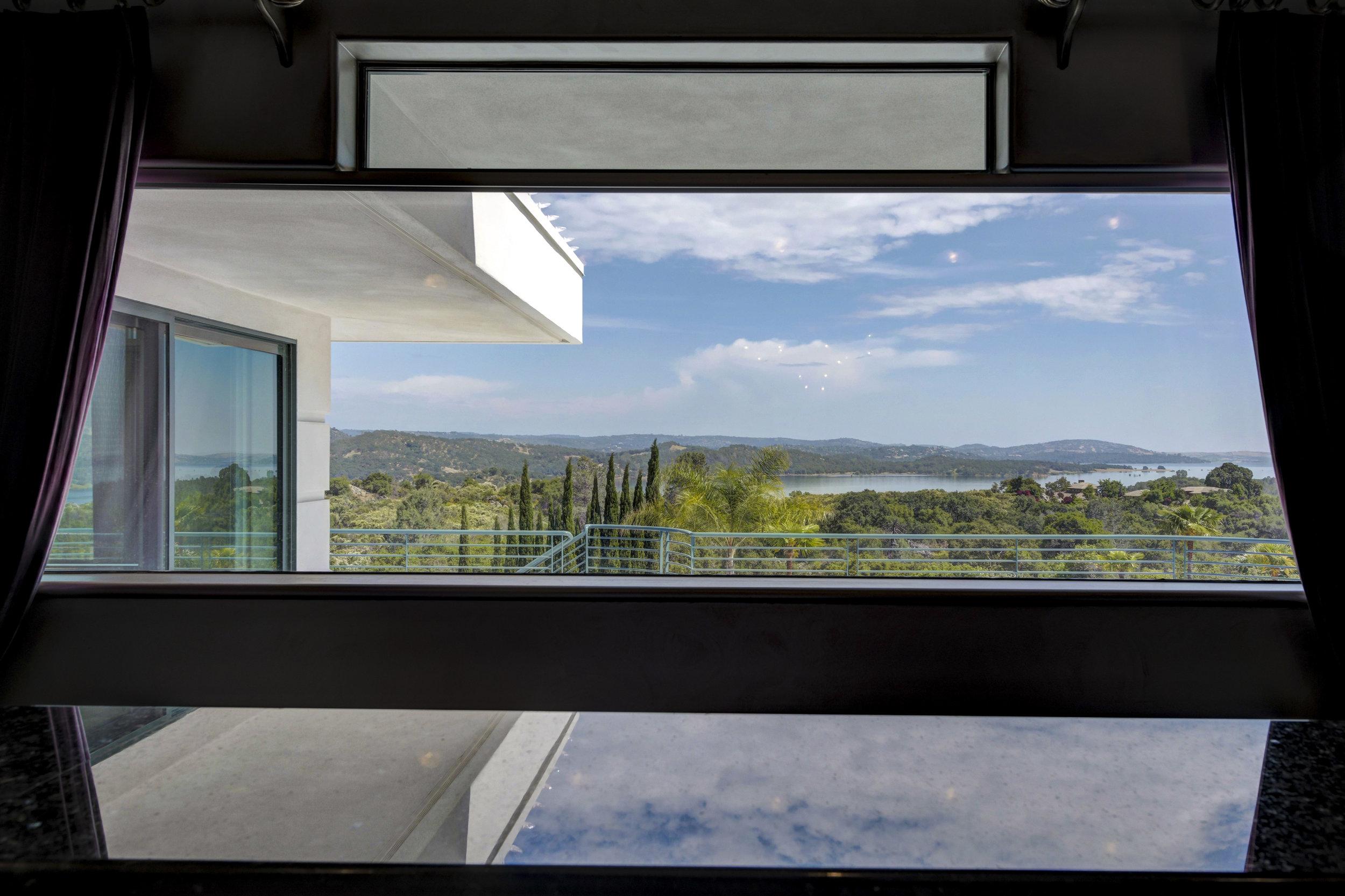 9125 Vista De Lago Court 48.jpg