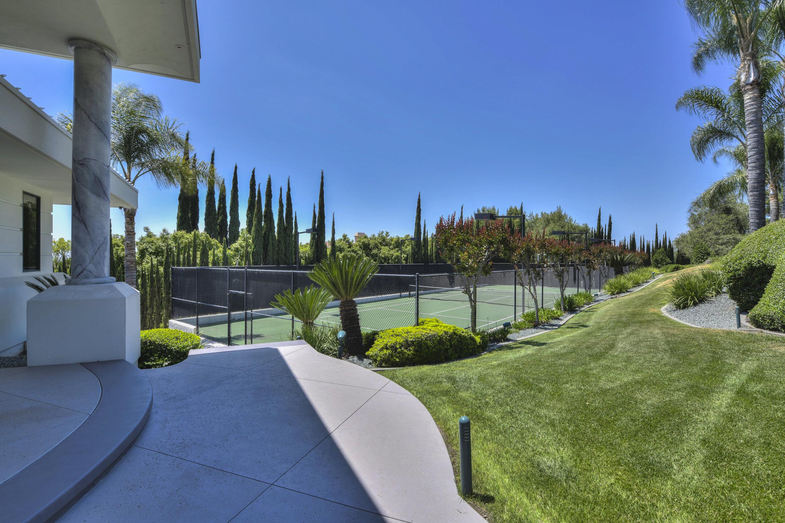 9125 Vista De Lago Court 86.jpg