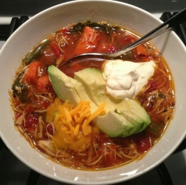 Paleo, Primal, no-sugar, gluten free, grain-free, Chicken No-tortilla Soup