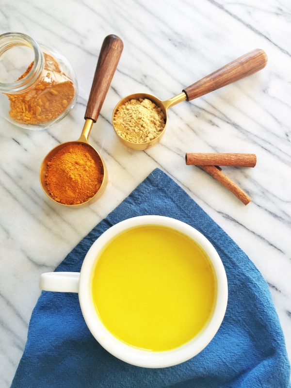 turmeric golden milk tea