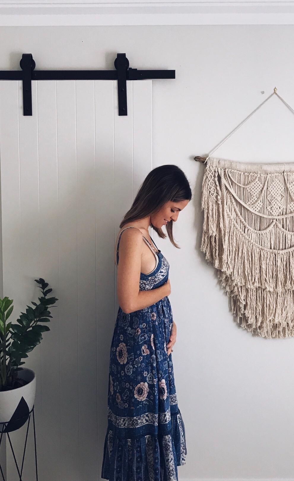kate 3 month pregnancy post.JPG