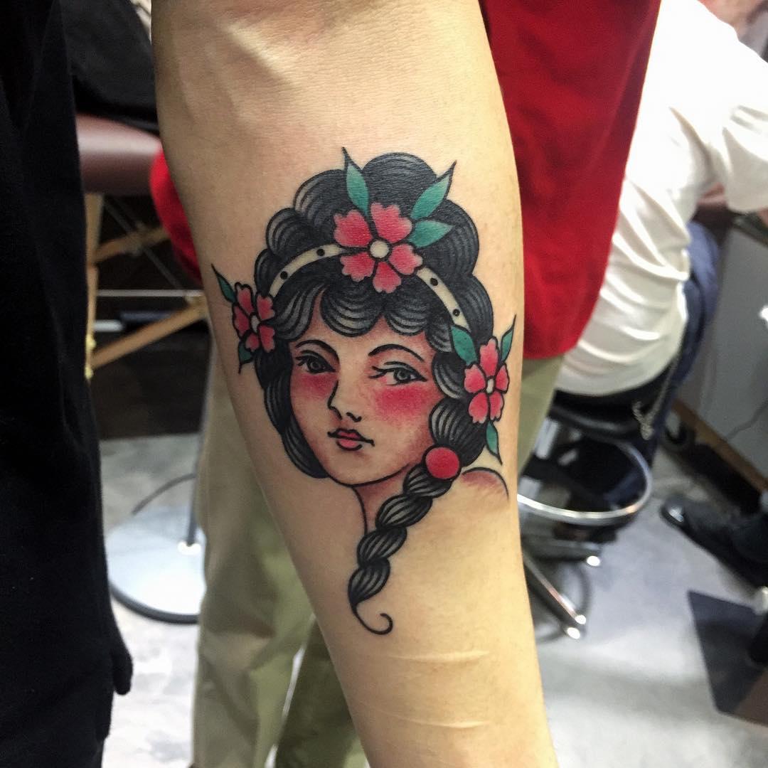 girl head tattoo hong kong