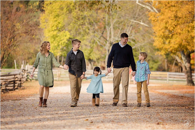 family portraits www.sarahkanephotography.com