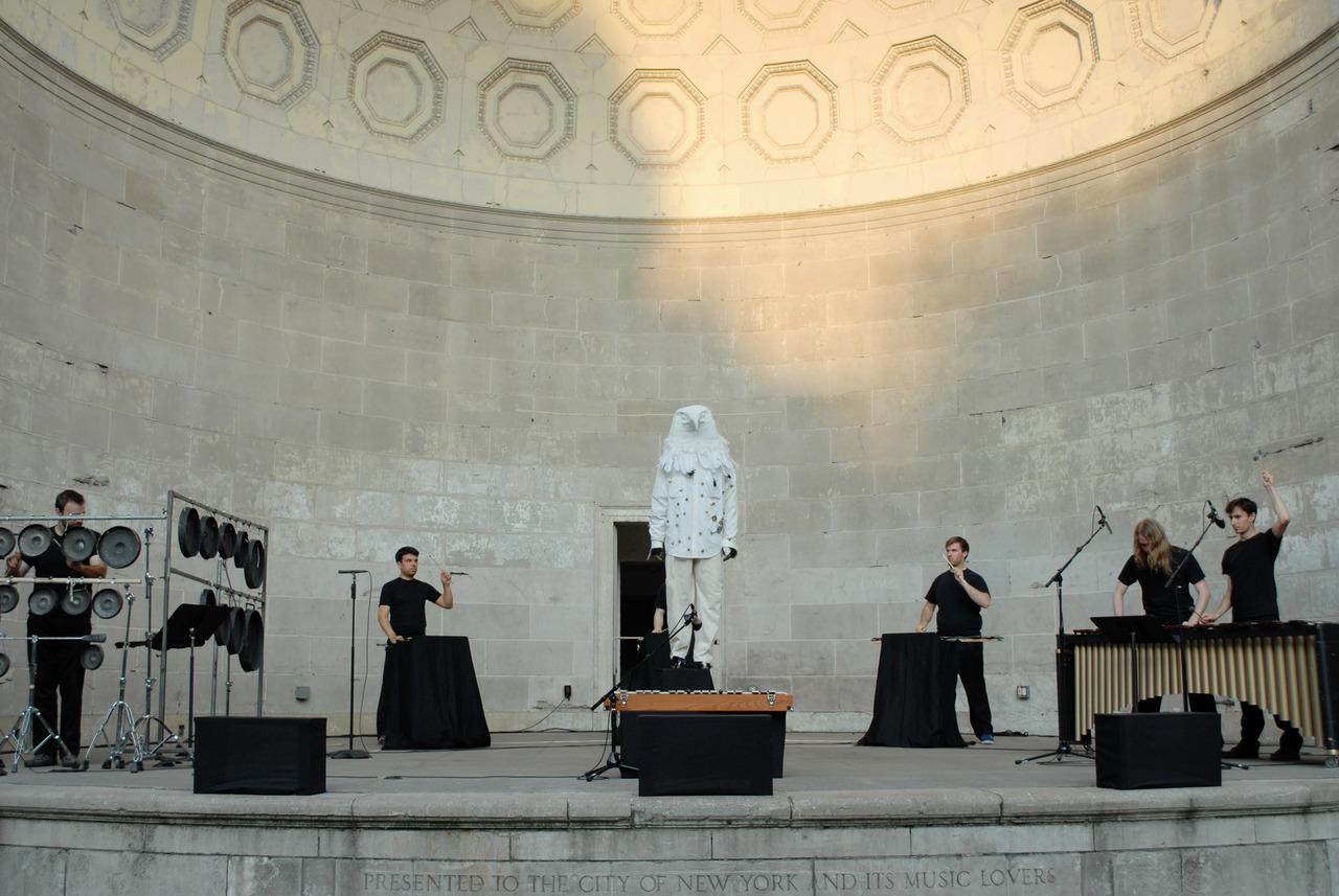 Iktus Percussion plays Stockhausen's Musik Im Bauch