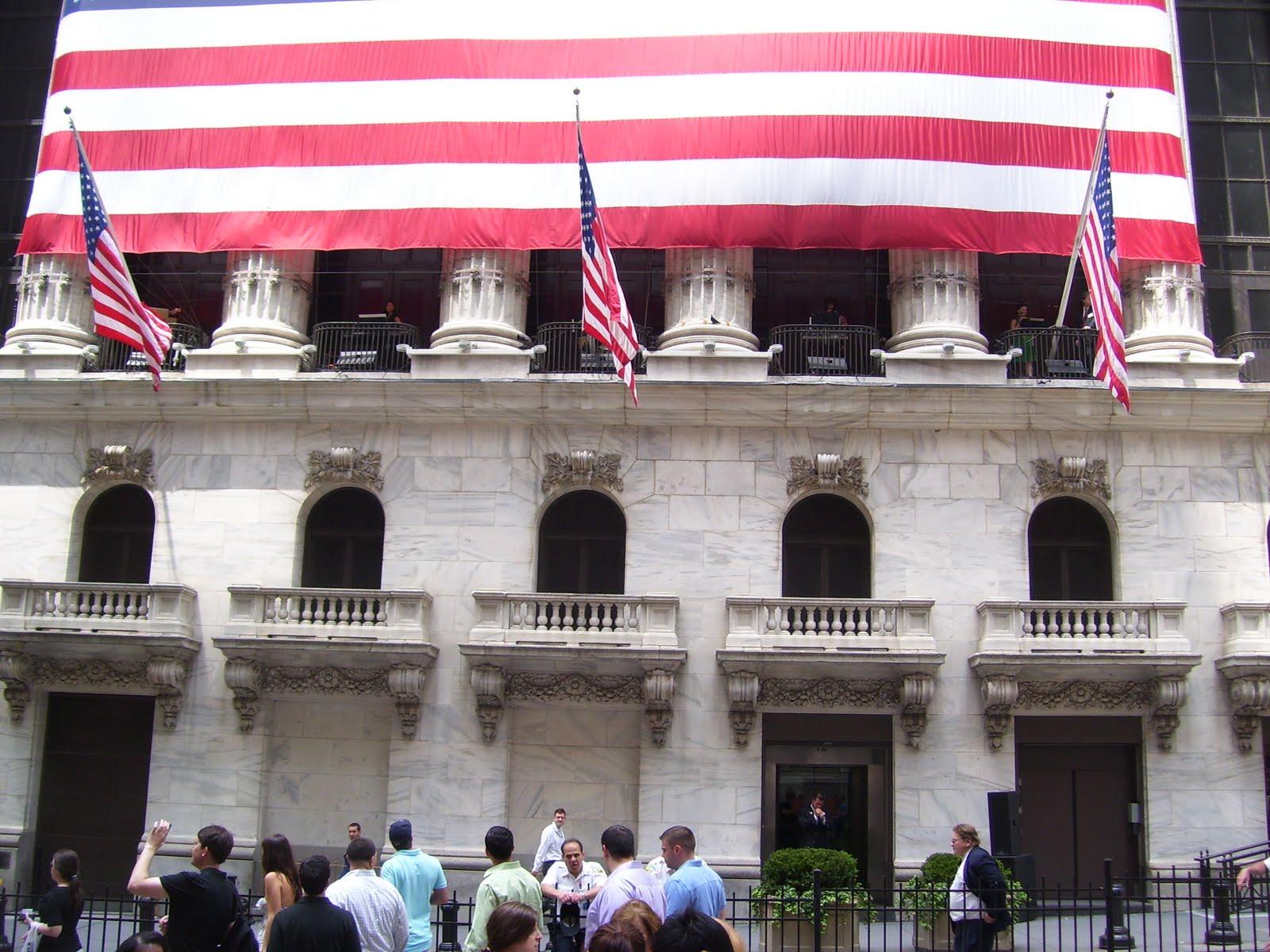 Make Music NY Wall St. balcony.JPG