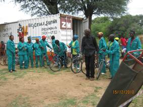 HIV/AIDS patients receive their donated bikes from MakVeto.