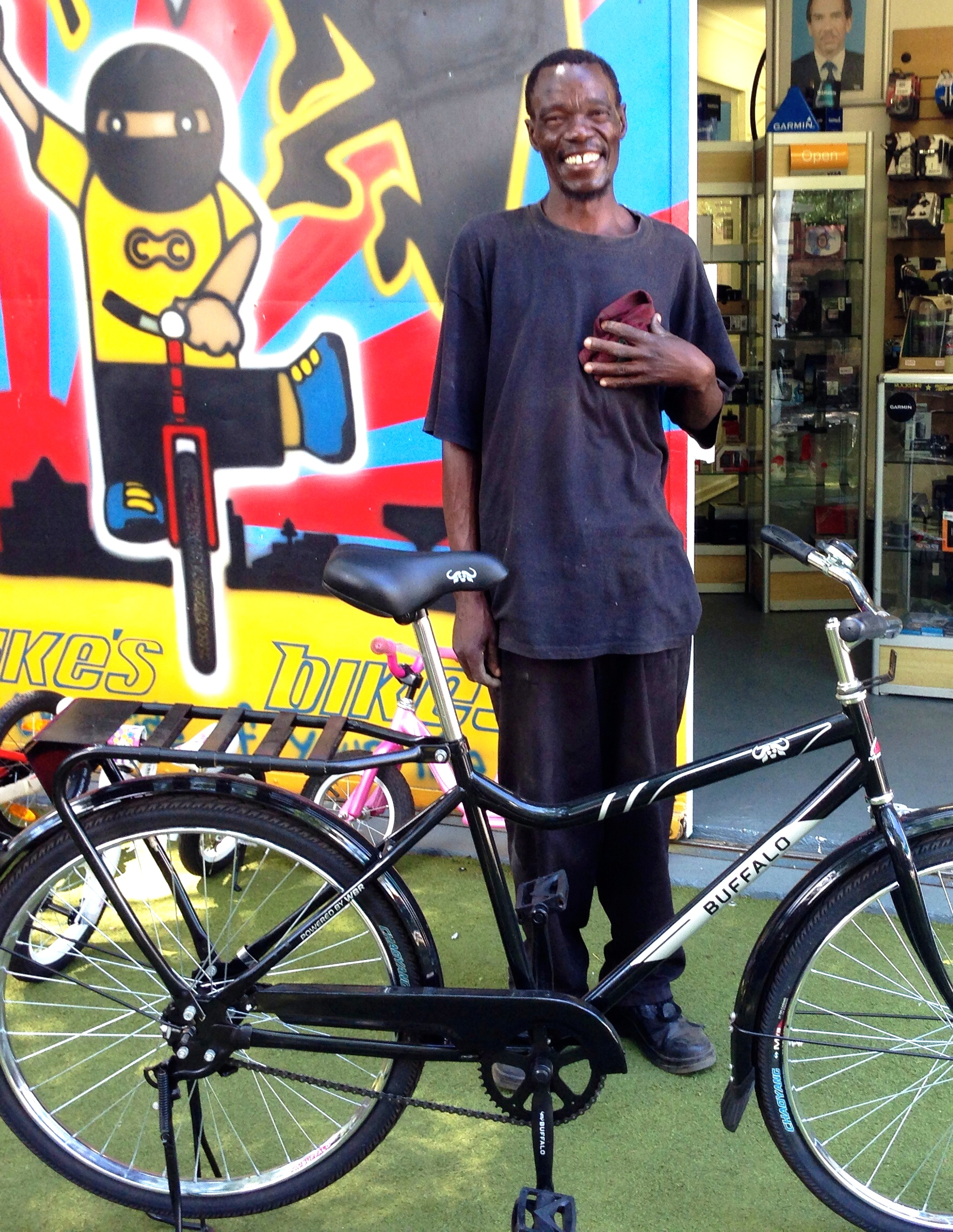 Shakes with his new Buffalo bike.jpg