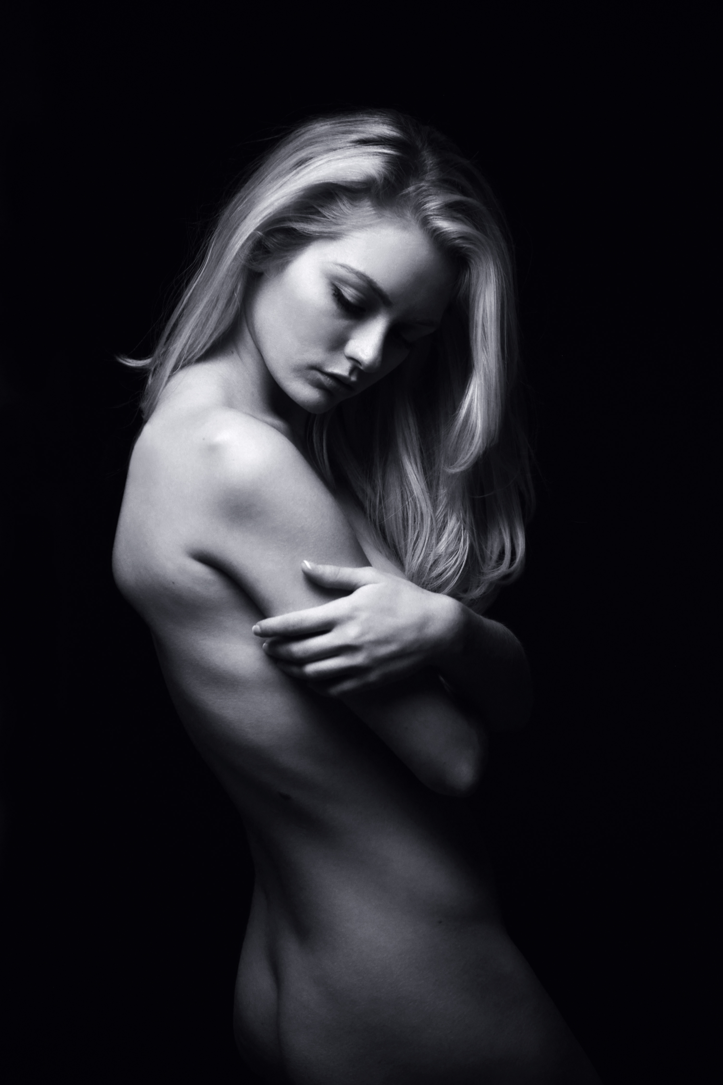 Nude Glamour 3.jpg