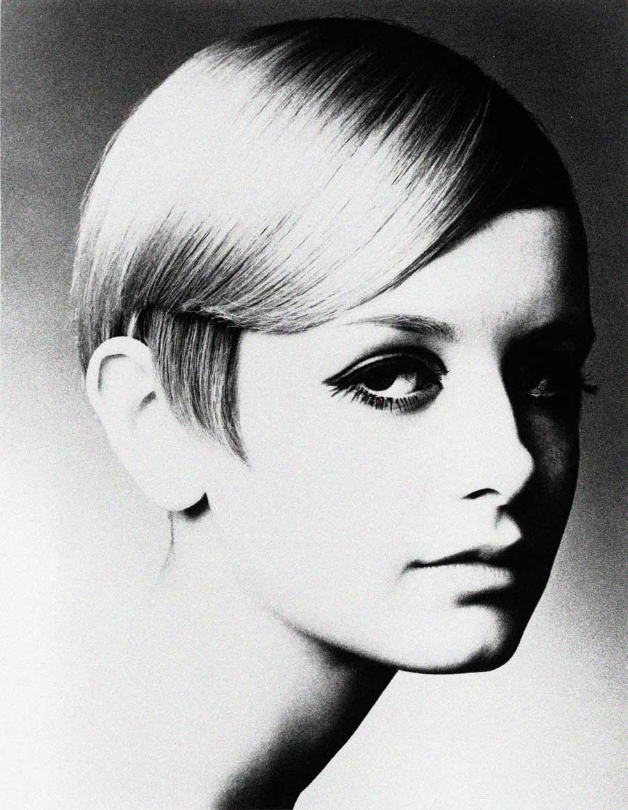 My other 60s favorite model, Twiggy. We've been inspired by Twiggy's makeup for many of our photo shoots.