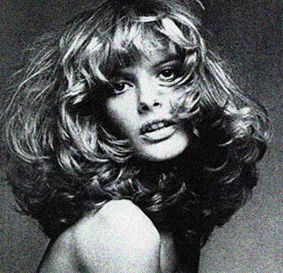 Rene Russo in that famous photo with makeup by Way Bandy.