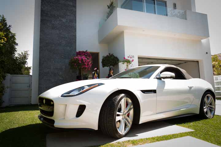 Jaguar was nice enough to lend us this beautiful F-Type convertible—for three hours. Are you kidding? Three hours? Next time I see this car it better be parked in my driveway for a week.