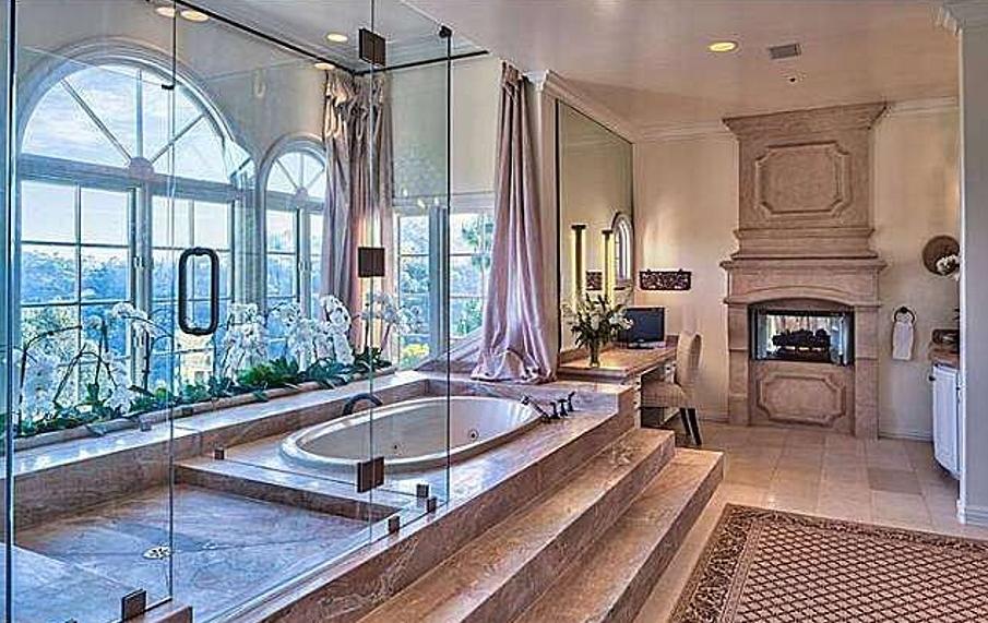 donna_antebi_home_bathroom