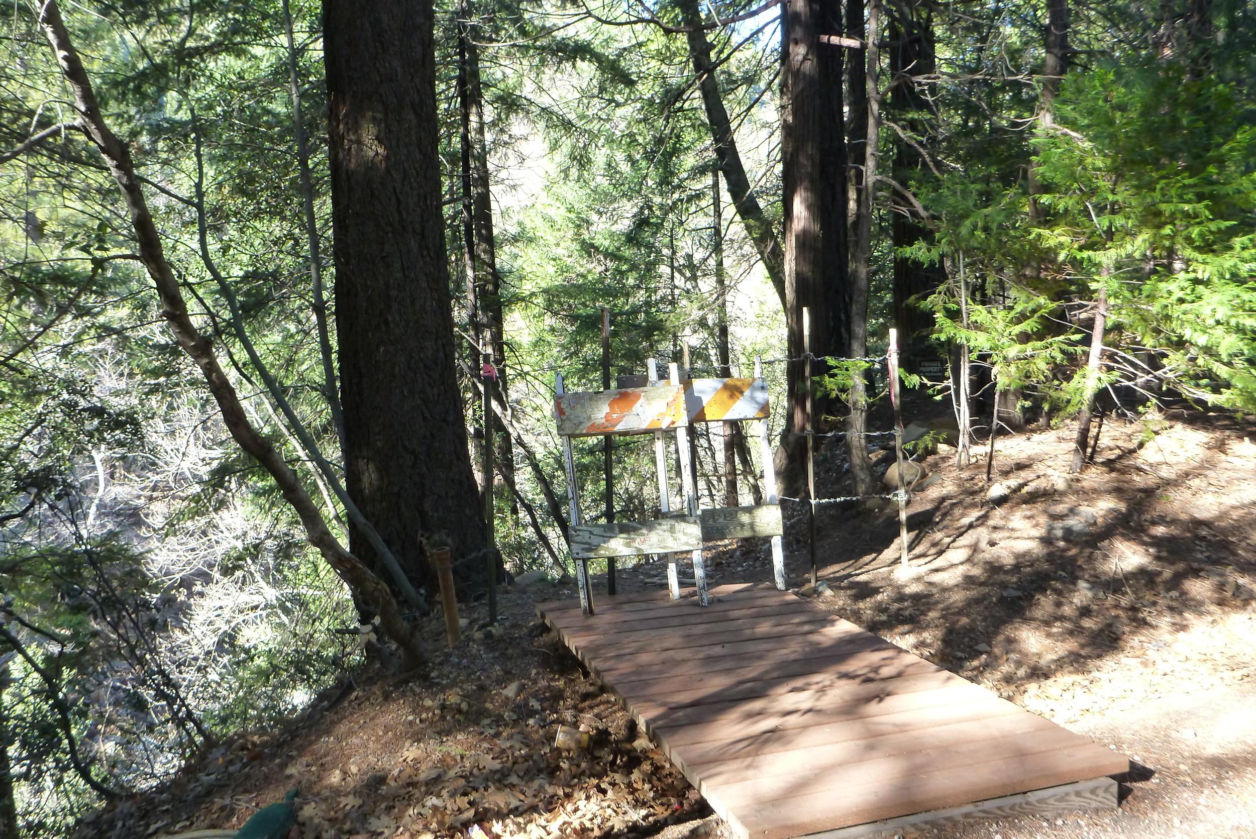 Trail Closure between Tauhindauli Park and Dunsmuir Botanical Gardens
