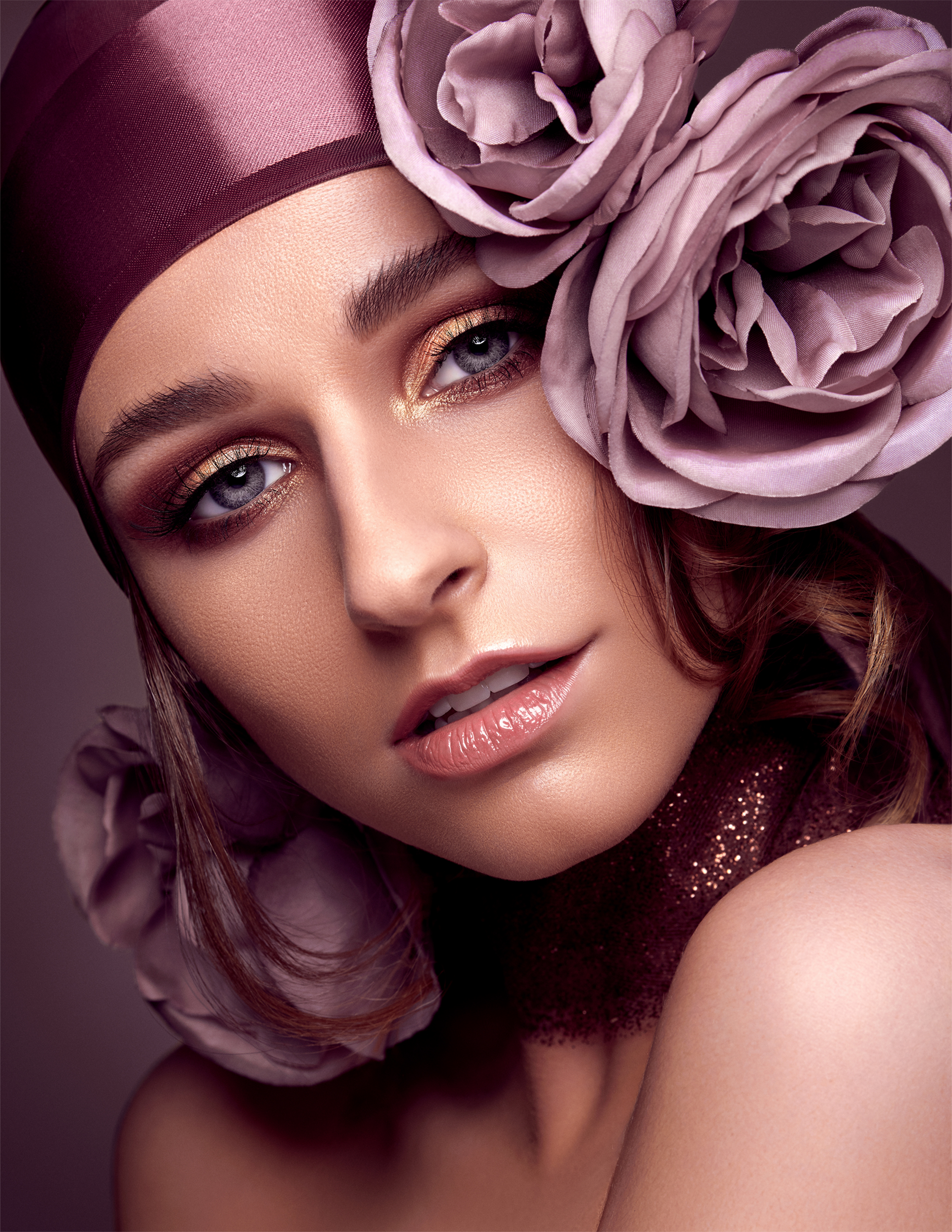 IMIRAGE MAGAZINE - SEPTEMBER 2018   Madame Periwinkle beauty editorial by Antonio Martez, New York Fashion and Beauty Photographer, was featured in the September 2018 edition of Imirage Magazine. The editorial was a Cover & Feature Spread for that edition.  .