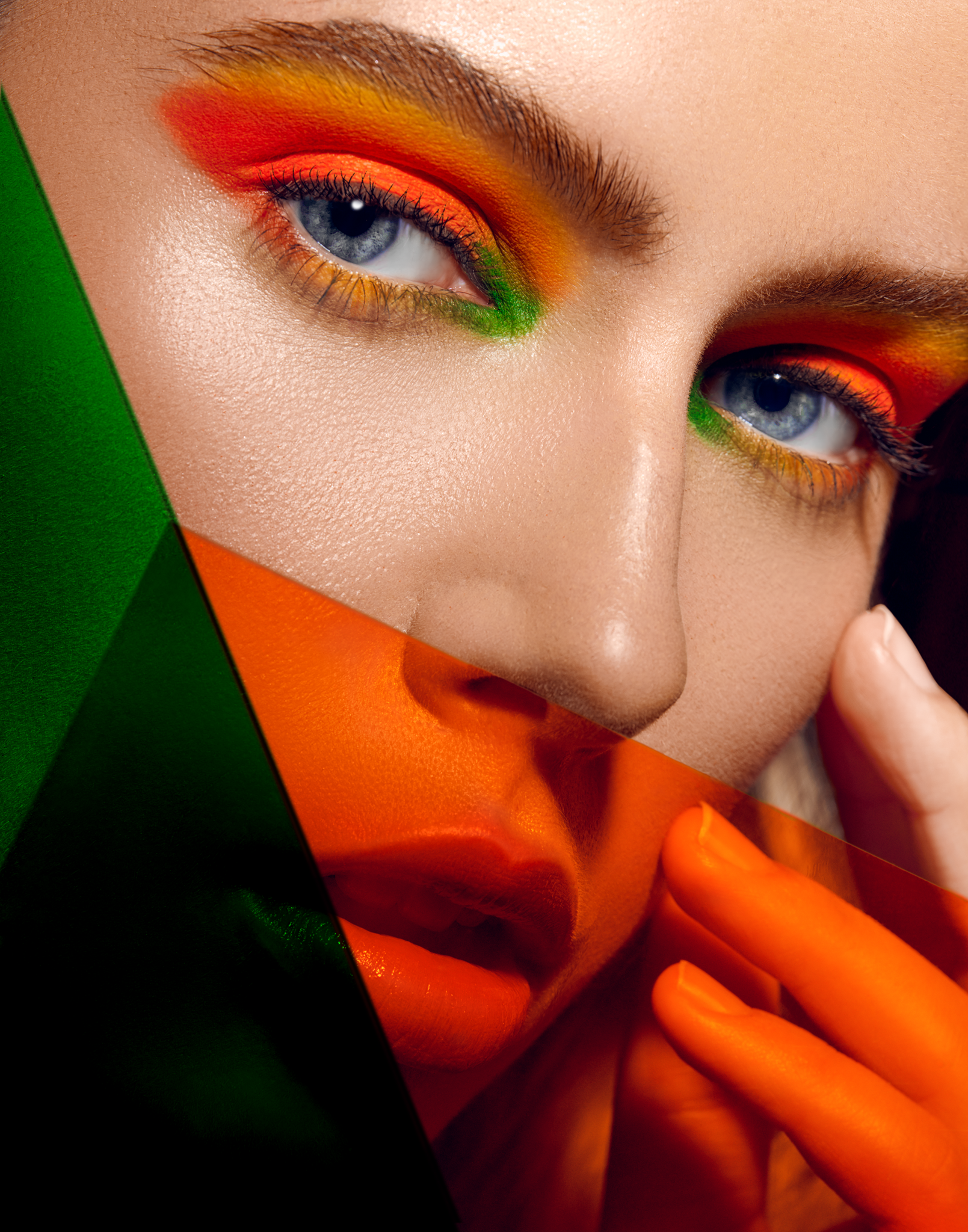 OBVIOUS - SEPTEMBER 2018   OYG BIV beauty editorial by Antonio Martez, New York Fashion Photographer, was featured in the September 2018 edition of Obvious Magazine. The editorial was a 8 page spread for that edition.