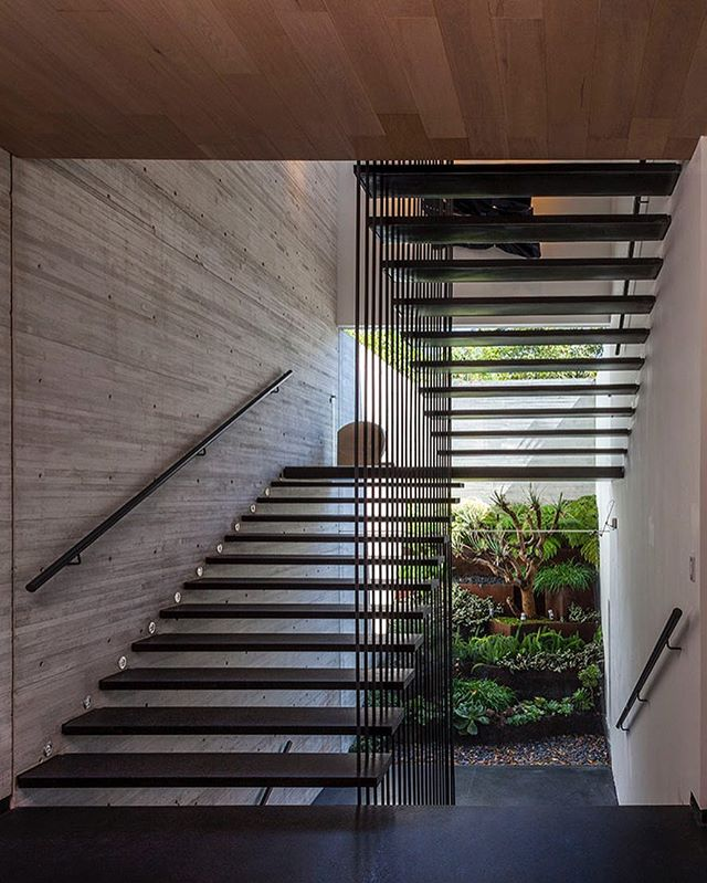 #concret#landscaping#interiordesign #architecture #art#green#stairs #stairsdesign #woodwork #badesign #bestdesign #luxuryhomes #f4f #decor #lessismore #steel