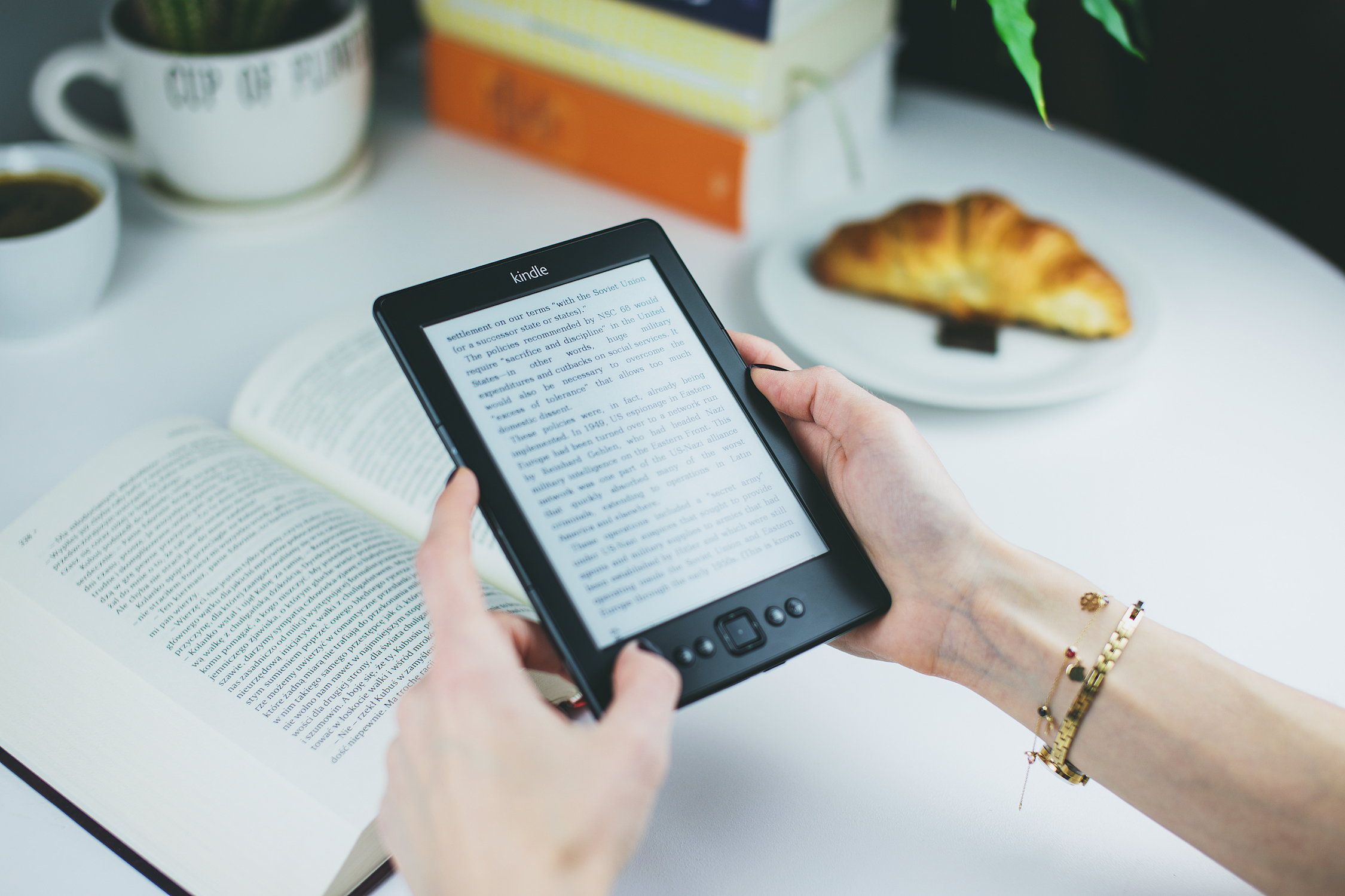Für Kindle und zahlreiche andere E-Book Reader erhältlich. Foto: © pexels.com, 2017