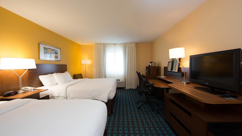 brlfi-guestroom-0016-hor-wide.jpg