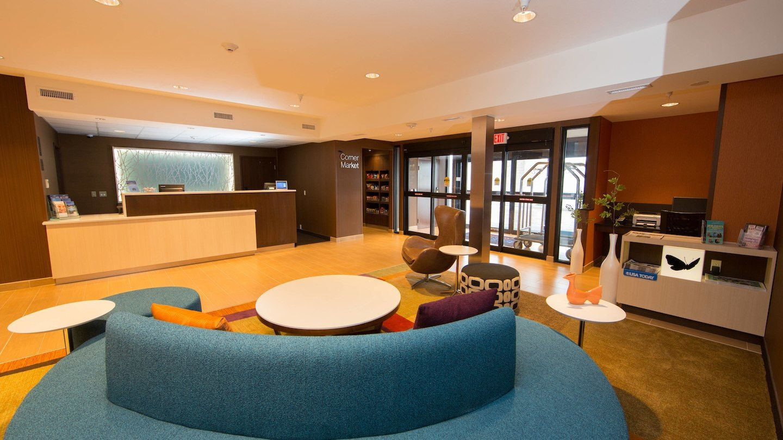 brlfi-lobby-0014-hor-wide.jpg