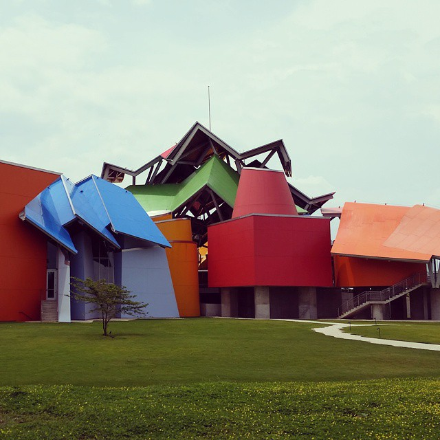 EN visits Gehry's brand new BioMuseo in Panama City with interiors by Bruce Mao. #Panama #starchitecture