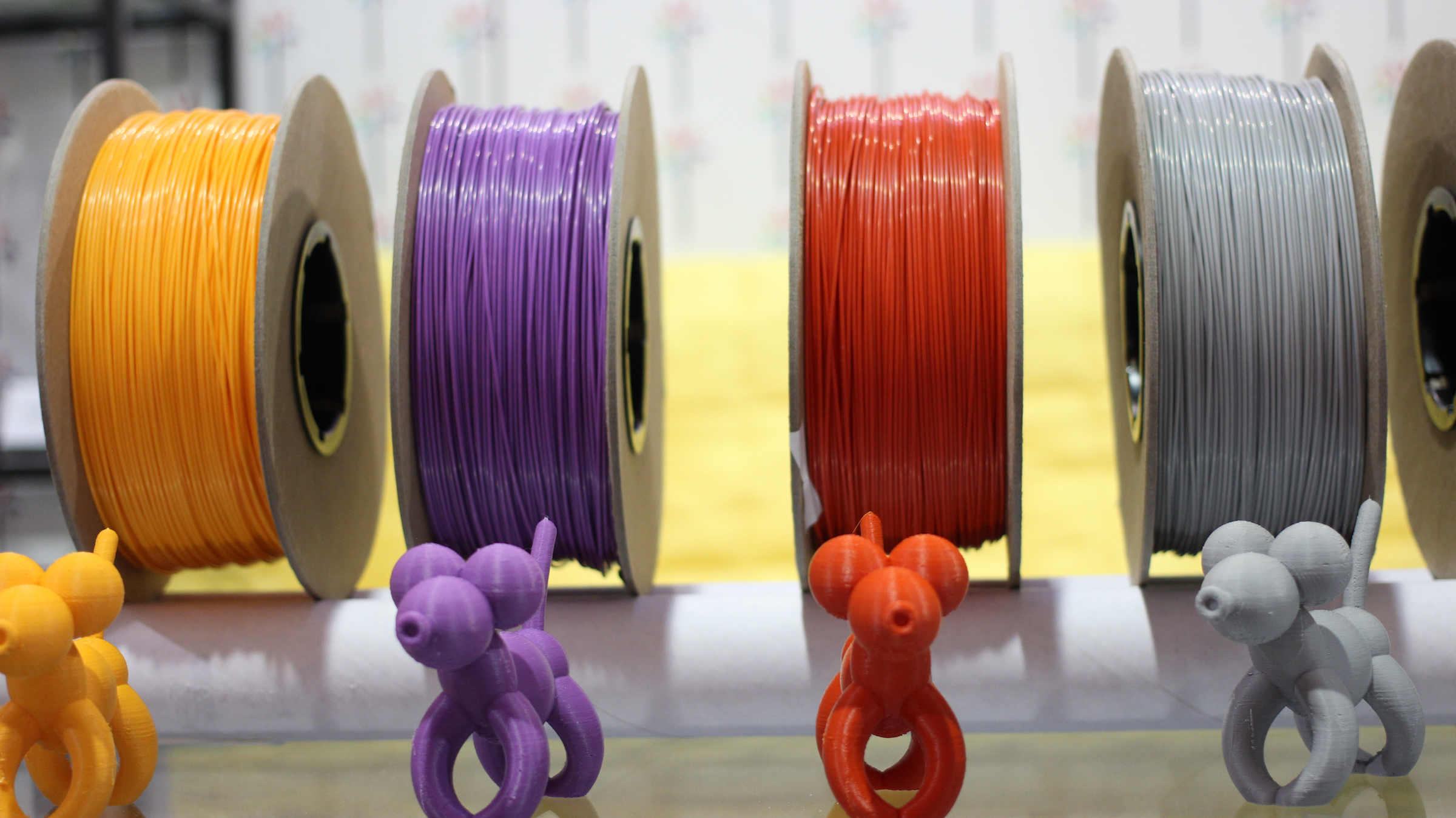 Example of thermoplastic filaments used with FDM 3D Printing. (Source: http://bit.ly/2wXEctw)