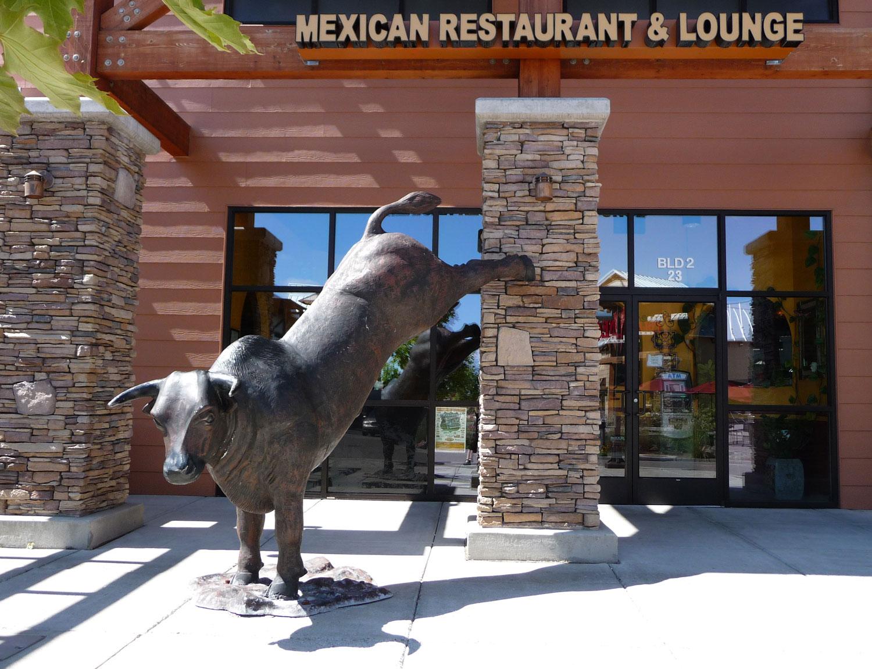 Buck the Ordinary! Dine with Diablo!