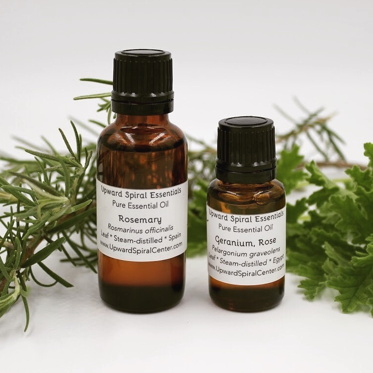 ESSENTIAL OILS - Enhance your life with plant aromatics