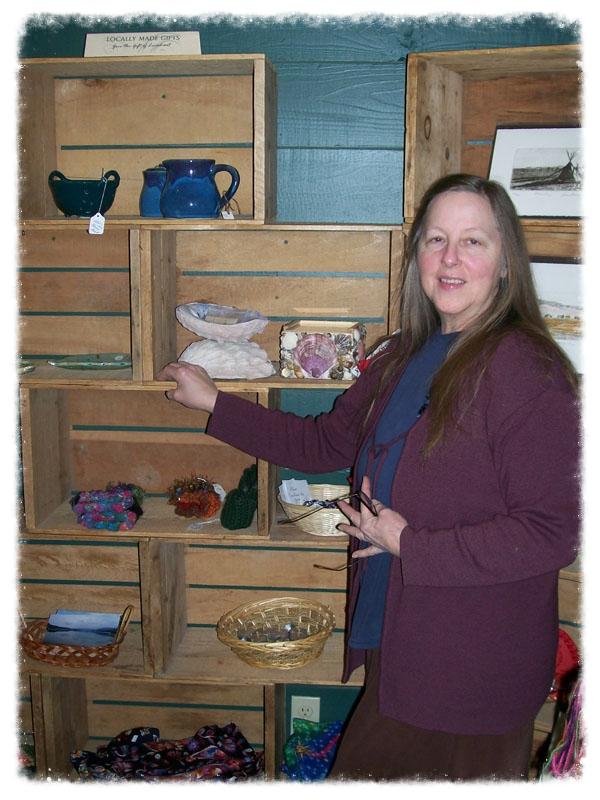 Maggie deLauney, Consignment Coordinator