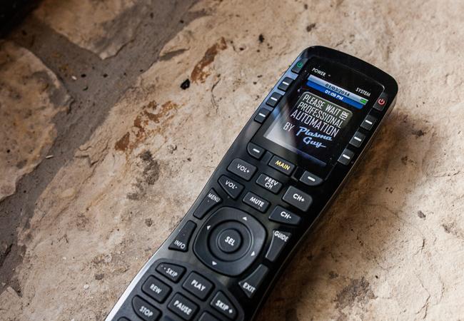 URC MX-890 Universal Remote 1