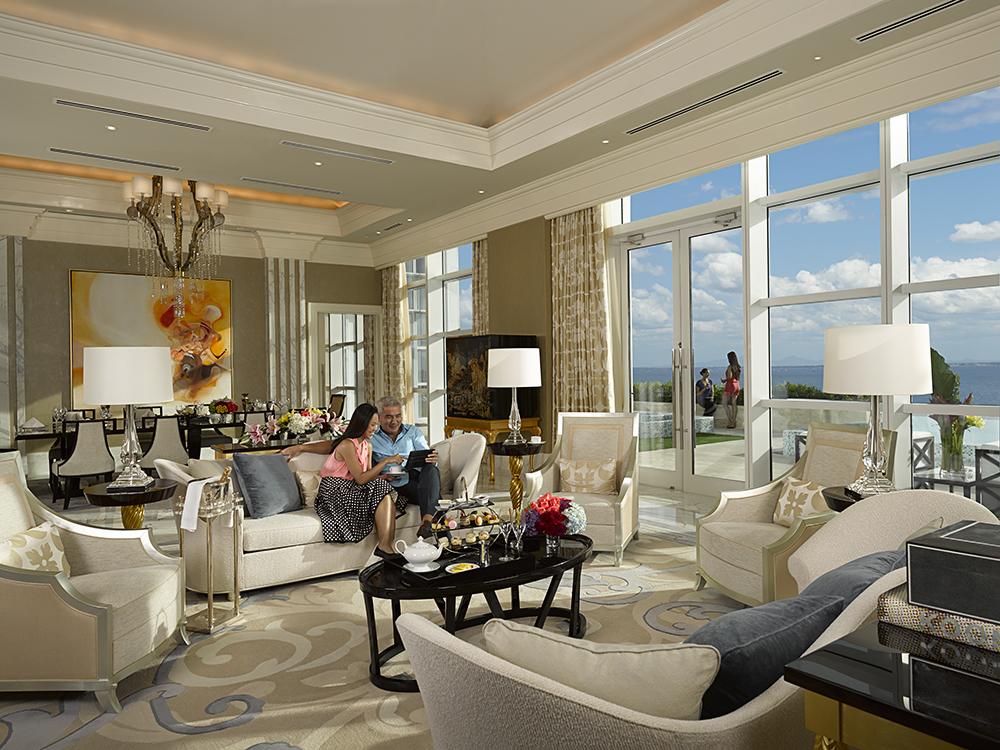 villa livingroom 2.jpg