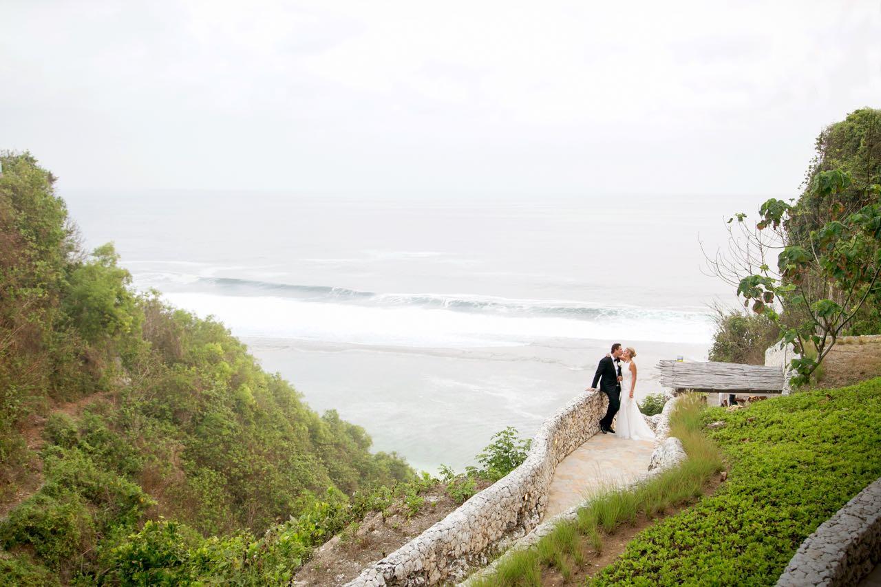 Semara_Uluwatu_wedding51.jpg