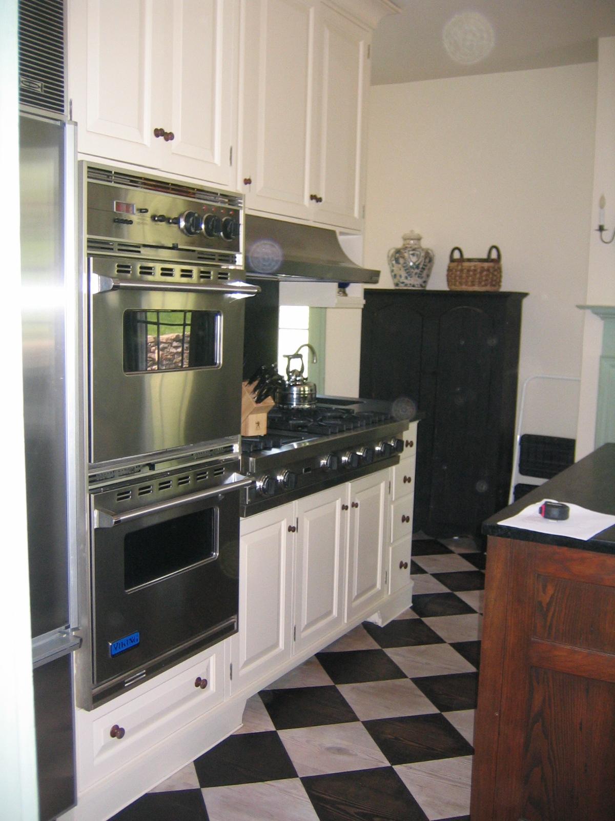 16 Kitchen Stove Before.JPG