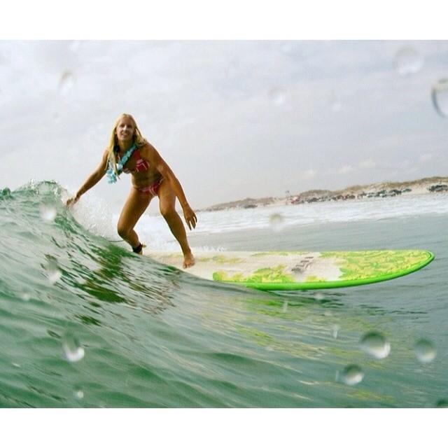 Flashback to the Rozo longboard challenge. #summertime #warm #surf @aquatech_imagingsolutions @canonusaimaging #rozo