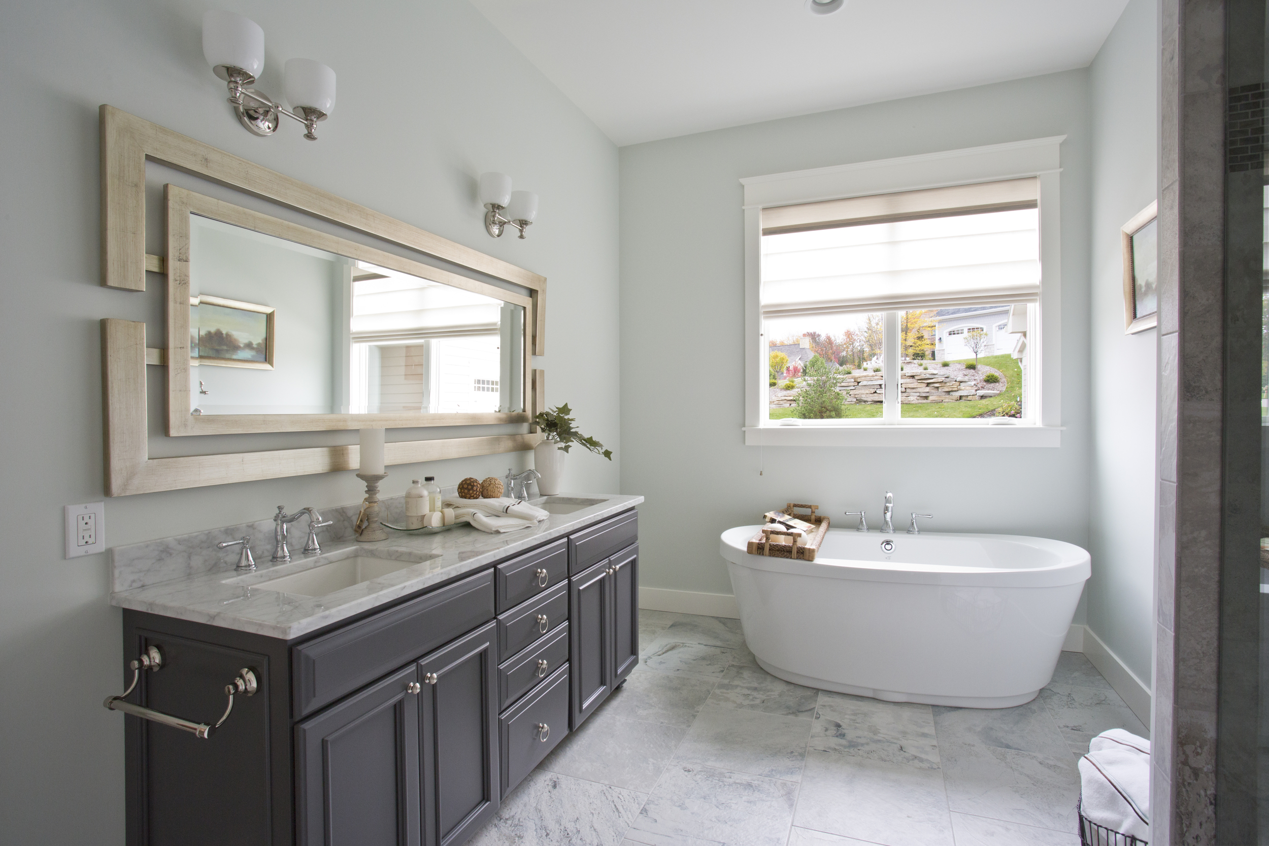Master Bathroom_4B9A5338-1.jpg