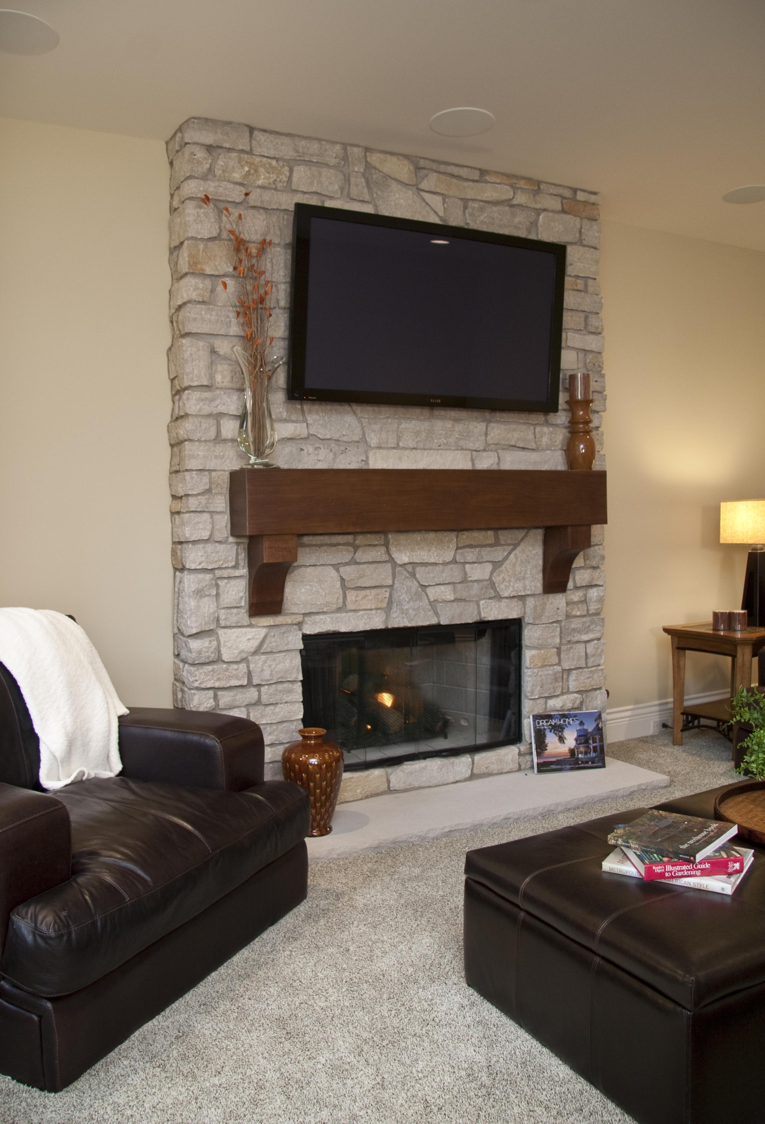 LL fireplace_IMG_3182-1.jpg