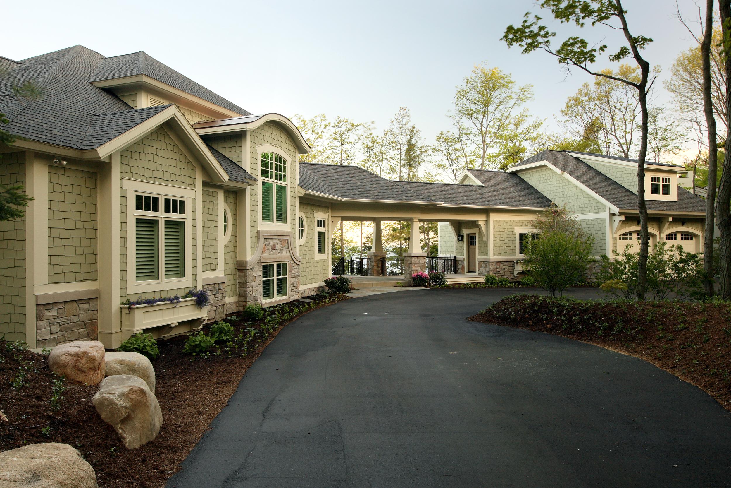Exterior Front_Design Home 1088.jpg