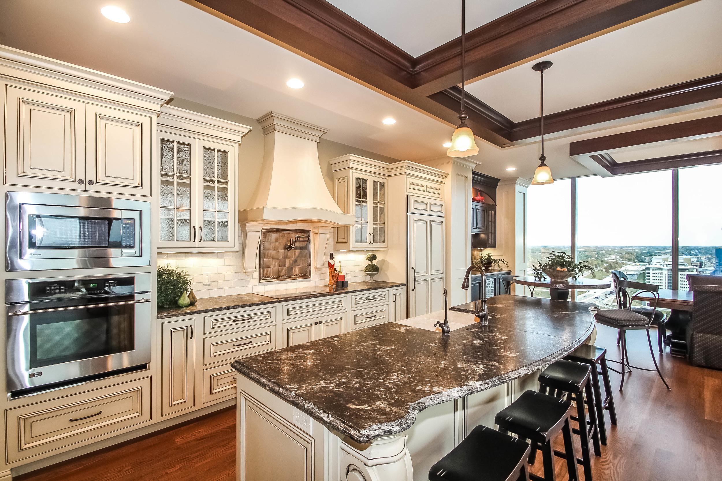 kitchen-p470242.jpg